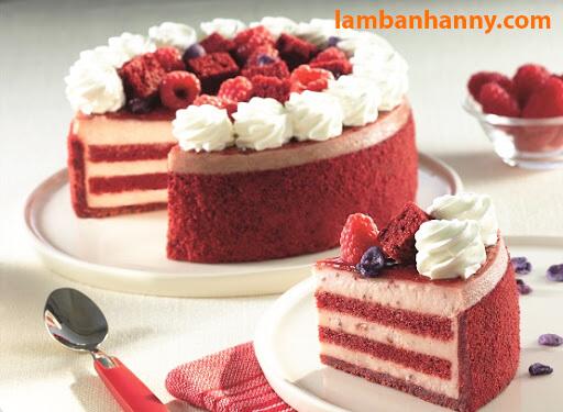 Bánh Red Velvet sử dụng Màu thực phẩm Wilton