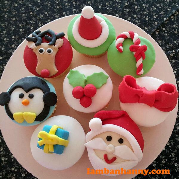 Bánh cupcake giáng sinh