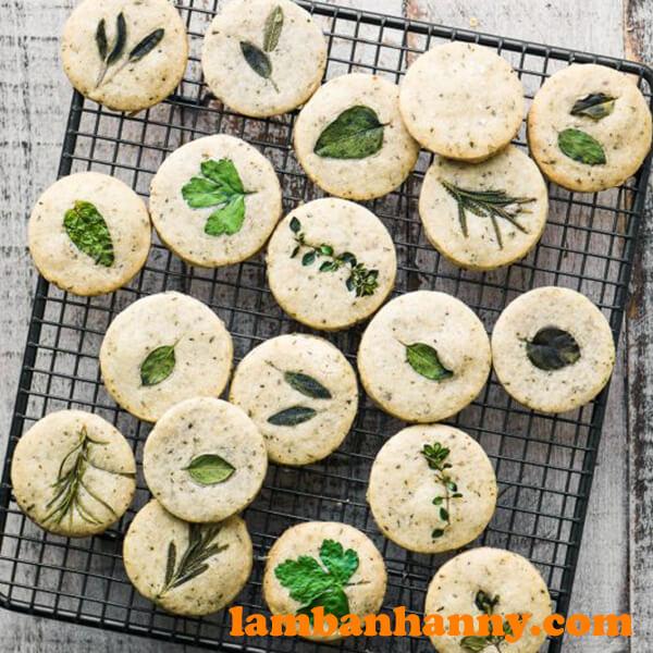 Bánh quy phô mai thảo mộc
