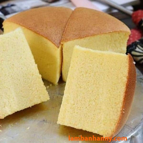 Cốt bánh bông lan xốp mịn, thơm ngon