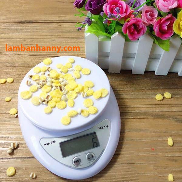 Dễ dàng sử dụng cân điện tử Kitchen Scale B05