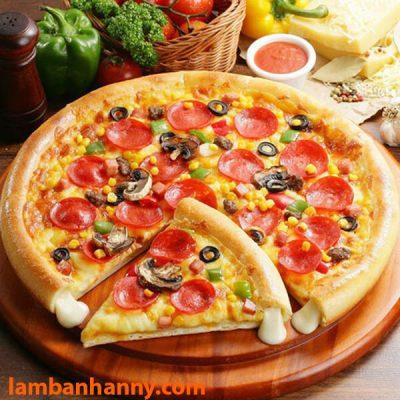 Tự tay làm một chiếc bánh pizza tại nhà, bạn đã thử chưa