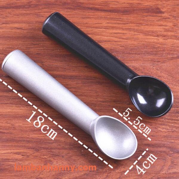 câu múc kem khuôn đúc 3cm