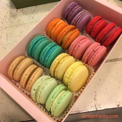 macaron màu sắc
