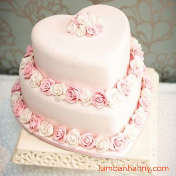 bánh sinh nhật hình trái tim