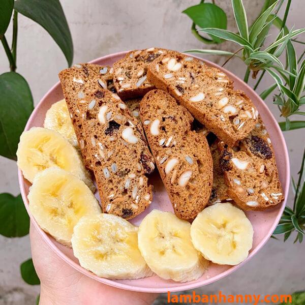 Bánh biscotti yến mạch
