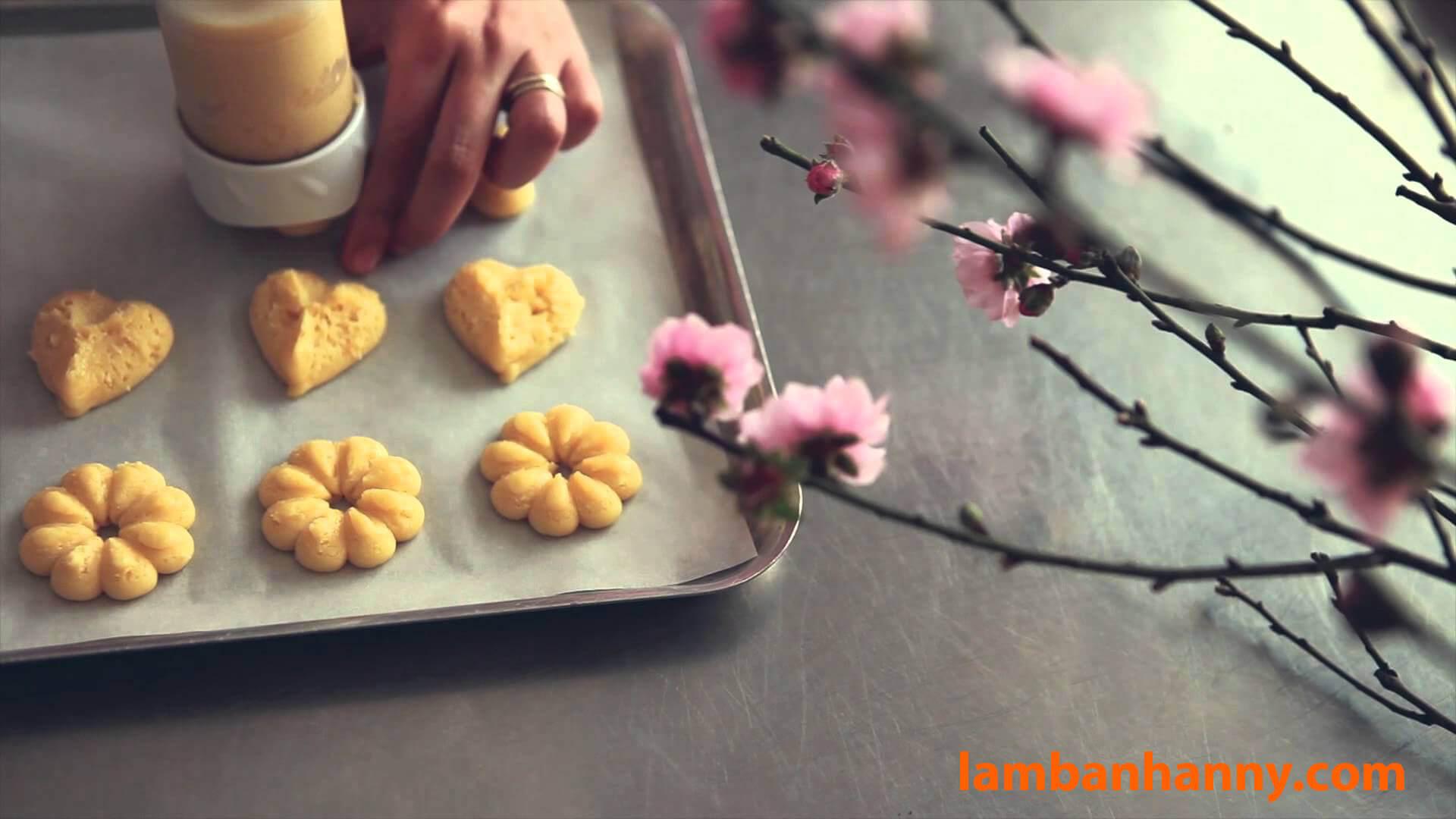 Cách làm Bánh quy bơ thơm ngon chuẩn vị Danisa, sử dụng Bộ dụng cụ Cookie Press – với 2 công thức đơn giản