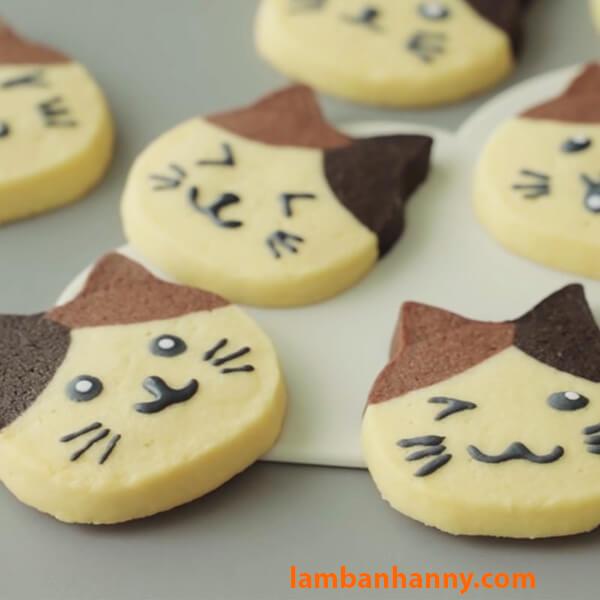 Bánh quy hình mặt mẽo dễ thương với khuôn cutter