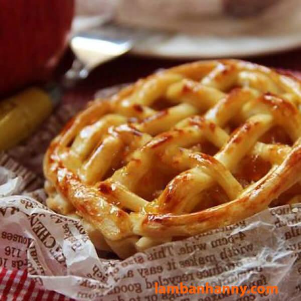 Bánh táo mứt mơ nướng hấp dẫn