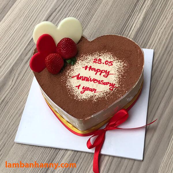 Biến tấu với mẫu bánh tiramisu hình trái tim ngọt ngào