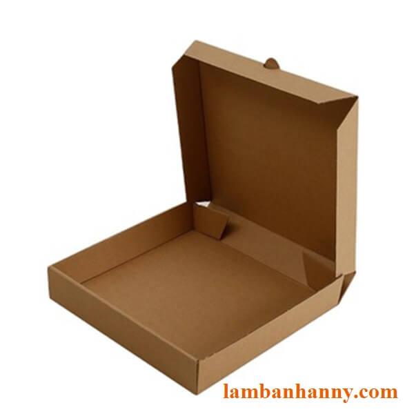 Mặt trong của hộp đựng bánh Pizza size 24cm