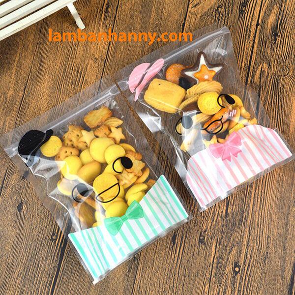Túi Zip với phần trên trong suốt có thể thấy được bánh kẹo bên trong