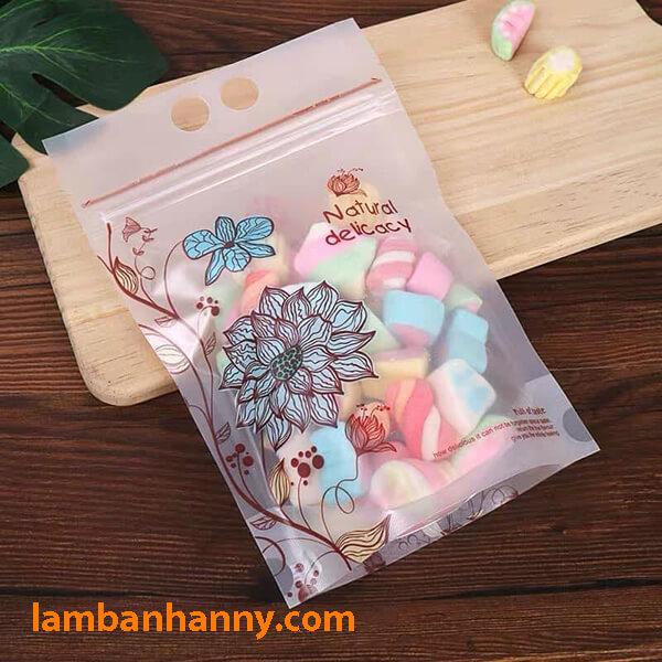 Túi có thể đựng kẹo marshmallows tiện dụng