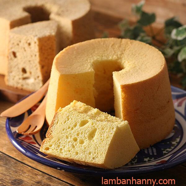 bánh bông lan làm từ bột trộn sẵn