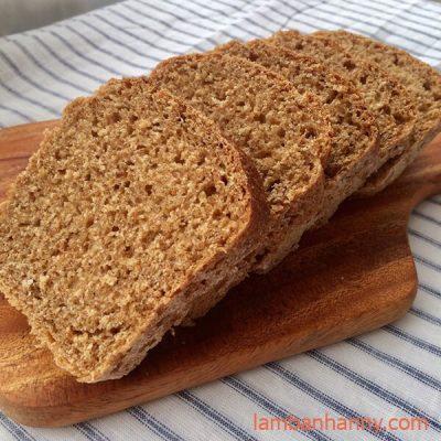 bánh bột mì nguyên cám