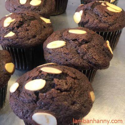 muffin hạnh nhân