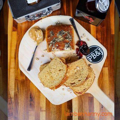 sandwich với mơ tây