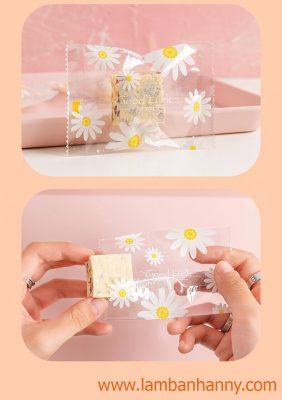 túi đựng bánh hình hoa cúc