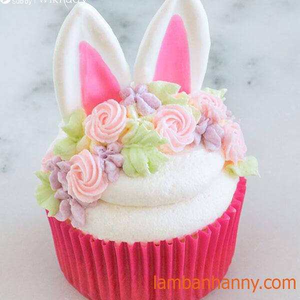 trang trí hình con thỏ bánh cupcake