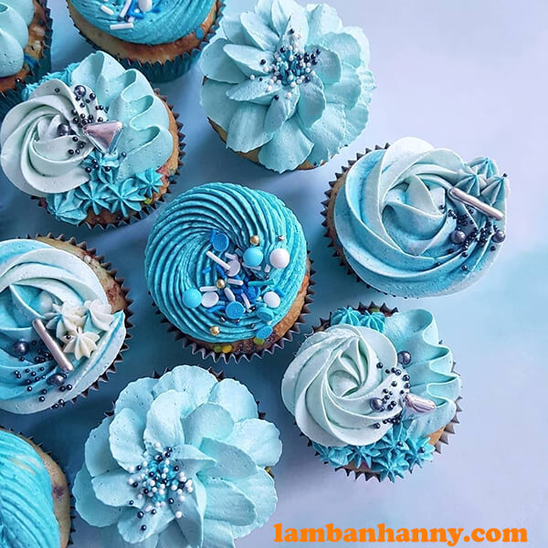 Bánh cupcake nhiều hoạt tiết
