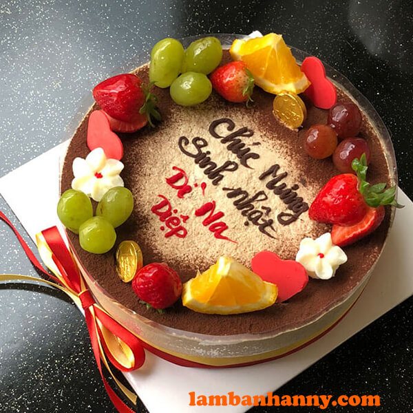 Bánh tiramisu sinh nhật