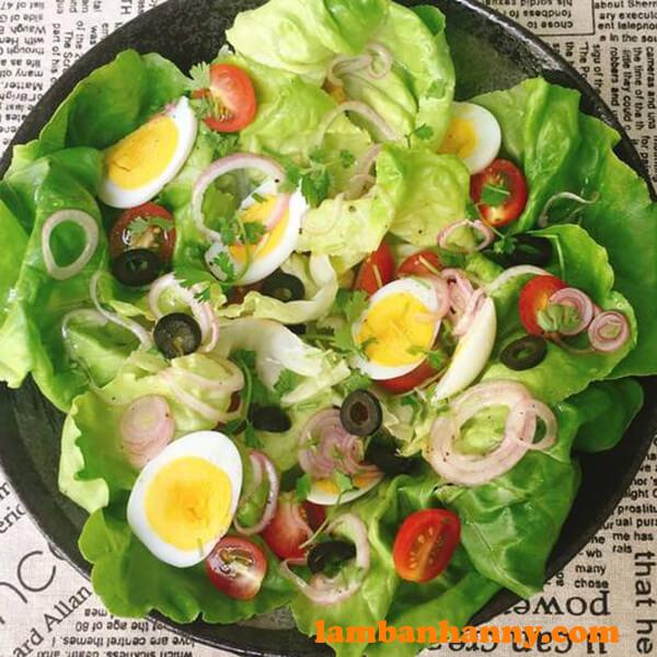 Món salad trứng trộn