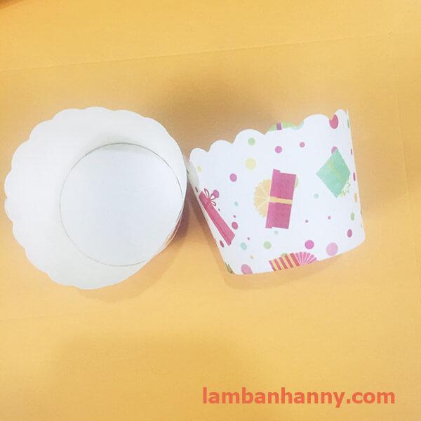 cup giấy hình món quà 5cm-50 chiếc 3