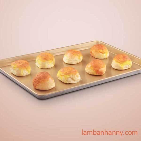 nướng bánh bằng khay nướng chữ nhật đúc chống dính