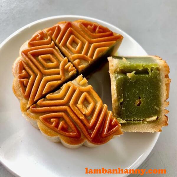 Bánh nhân đậu xanh lá dứa