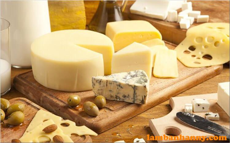 Phô mai là món ăn chứa rất nhiều dưỡng chất cần thiết