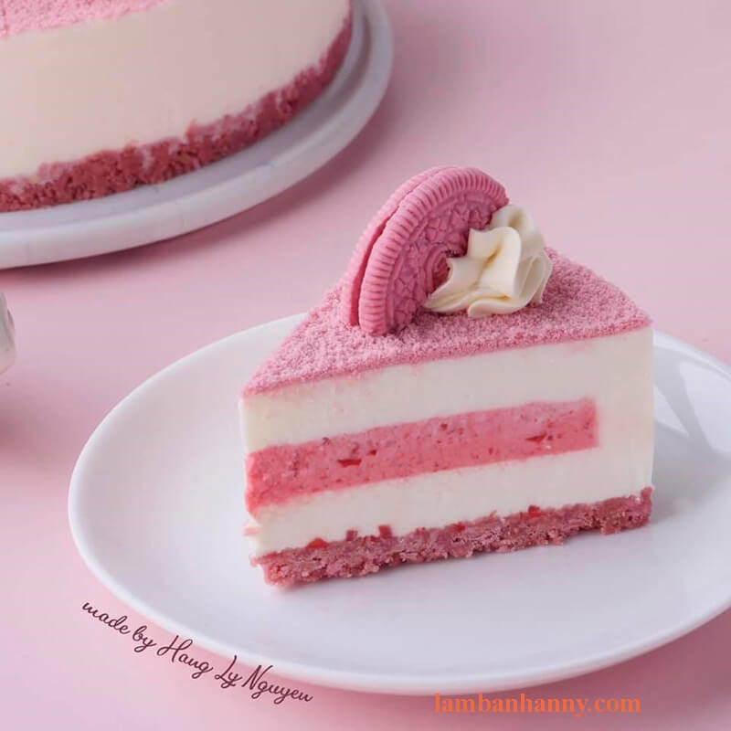 Bánh cheesecake hoa anh đào và oreo