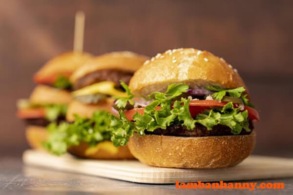 Bánh mì hamburger