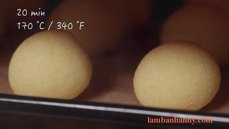 Cách làm bánh mì phomai brazil 7