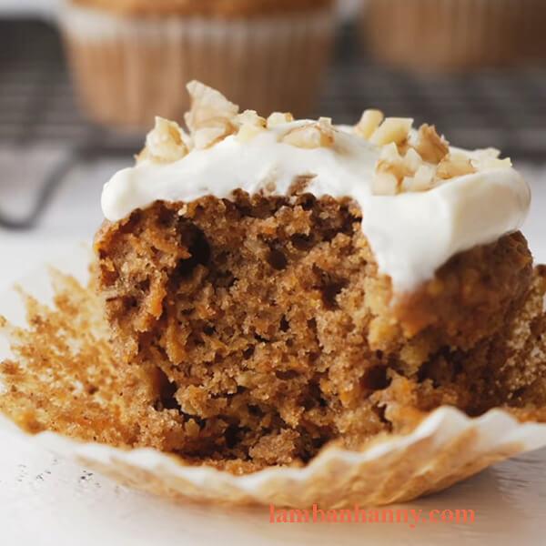 Cách làm bánh muffin cà rốt 2
