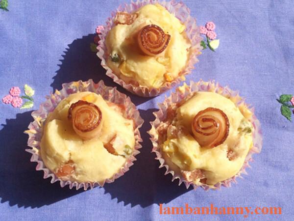 Cách làm bánh muffin mặn 6