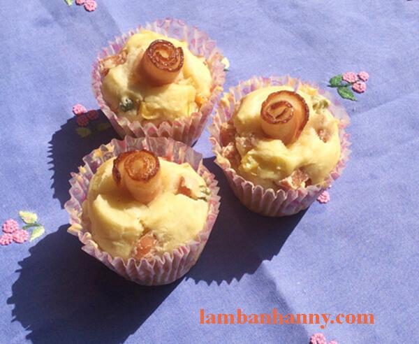 Cách làm bánh muffin mặn 7