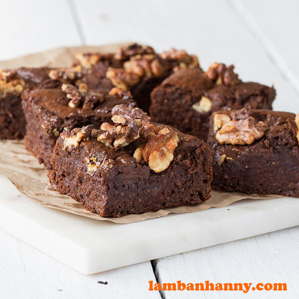 Cacao nut butter fudge brownie