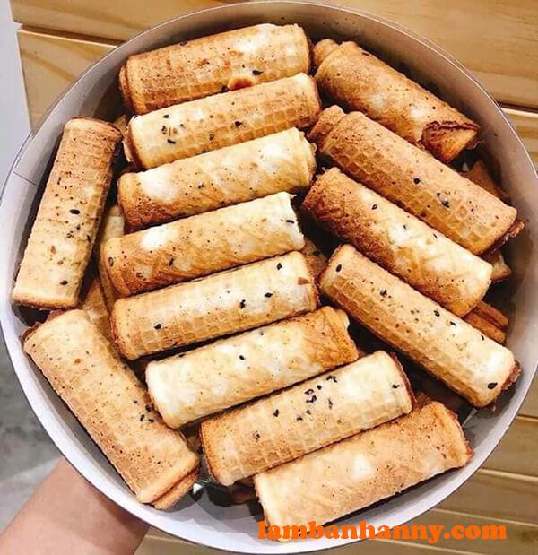 Bánh quế cuộn vị mè đen
