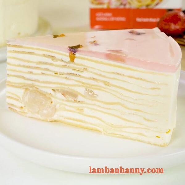 Cách làm bánh crepe trái vải hoa hồng thơm ngon đơn giản tại nhà 7