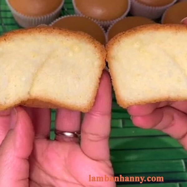 Cách làm bánh cupcake bông lan sữa đặc xốp mềm mịn thơm ngon 3