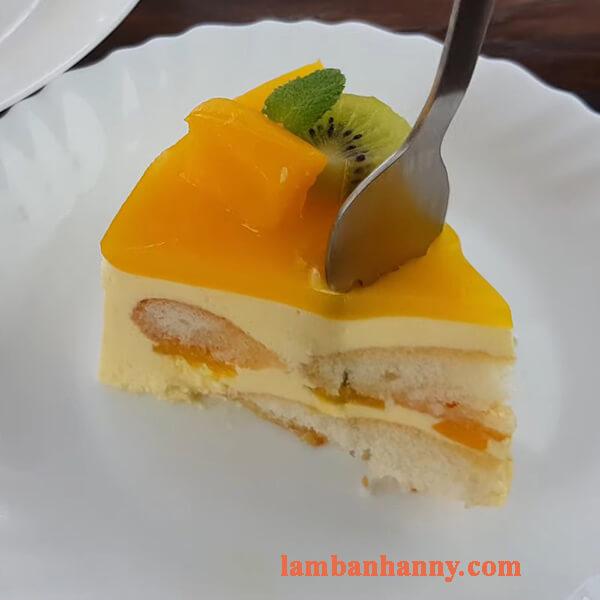 Cách làm bánh tiramisu xoài thơm ngon mới lạ không cần lò nướng 6