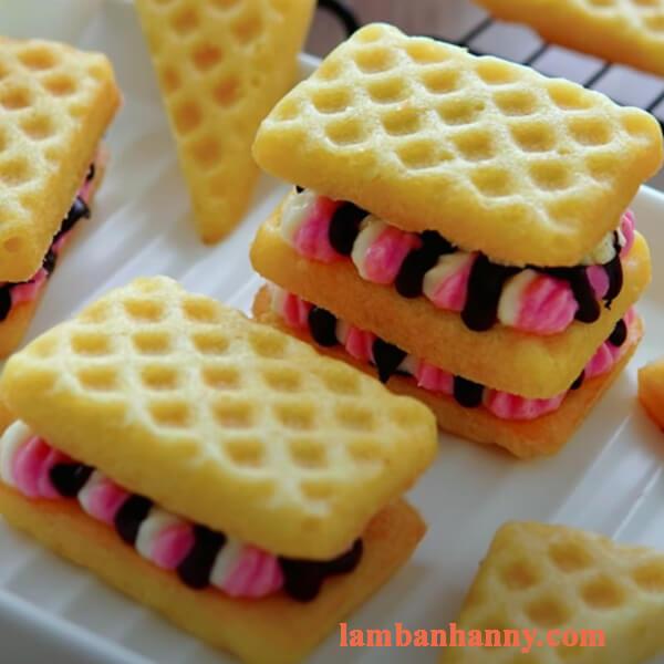 Cách làm bánh waffle phô mai xốp mềm đơn giả tại nhà 3