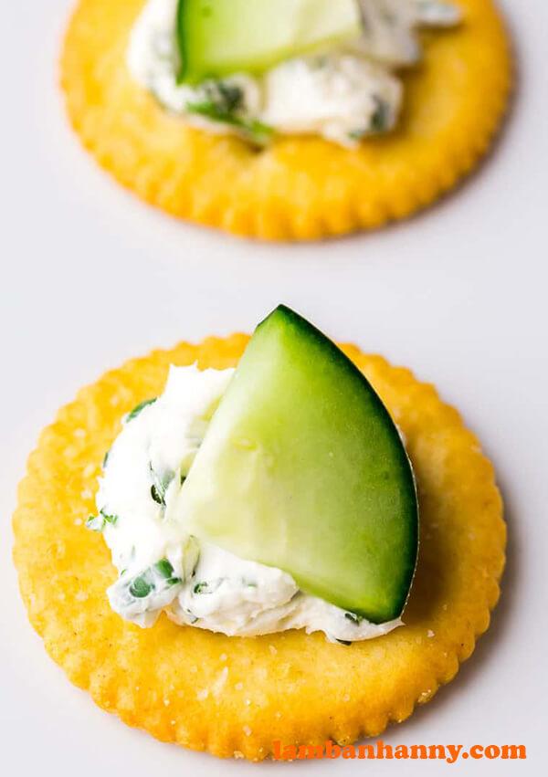Cream Cheese Cucumber Crackers