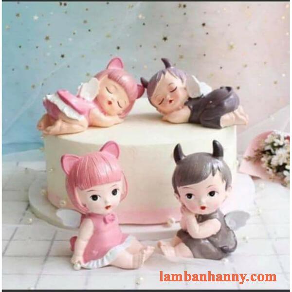 3 em bé thiên thần trang trí bánh 3