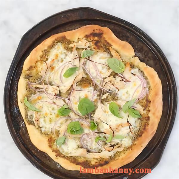 Bật mí 2 cách làm bánh pizza sốt pesto thơm ngon đơn giản dễ làm 10