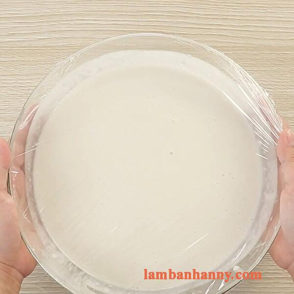 Cách làm bánh bò nướng nhân dừa bằng chảo thơm ngon đơn giản 4