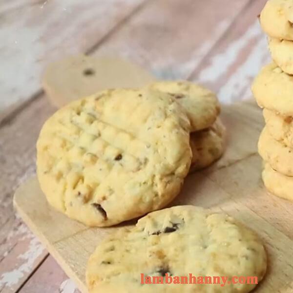 Hướng dẫn 2 cách làm bánh qui hạt chia dừa cà phê và trứng muối thơm béo dễ làm 6
