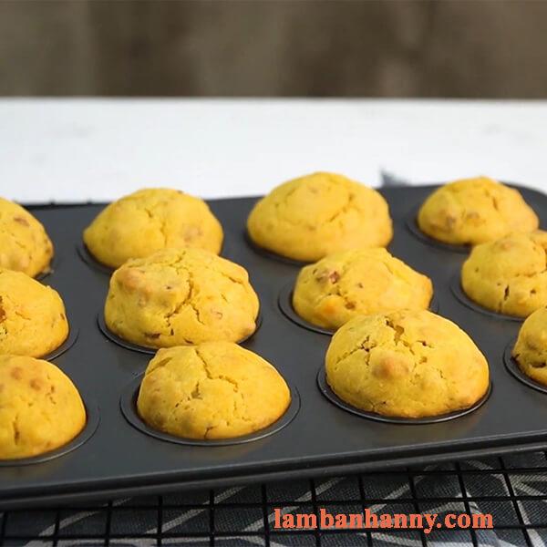 Hướng dẫn cách làm muffin cà rốt chà là thơm ngon bỗ dưỡng 4