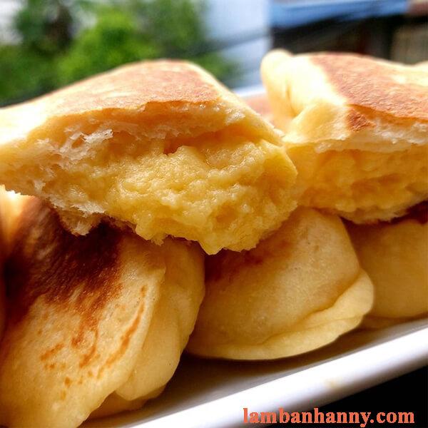 Hướng dẫn làm bánh mì nhân trứng sữa thơm ngon đơn giản 5