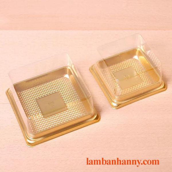 Hộp nhựa trung thu đế vàng nắp vuông XY65S (bánh 80g) 1